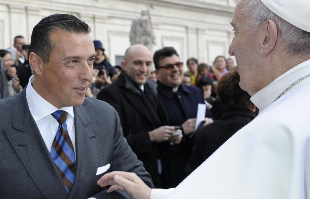 L'incontro con Papa Francesco durante l'Angelus