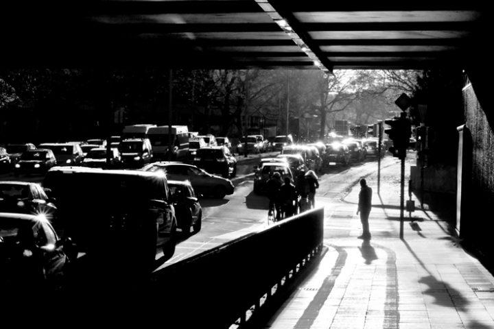 Auto inquinamento strada