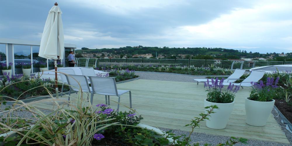 il giardino pensile della sede Savno