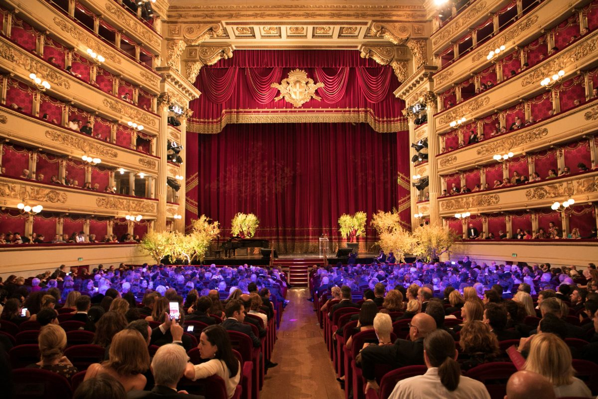 Il Teatro alla Scala di Milano ha ospitato la seconda edizione del Green Carpet Fashion Awards