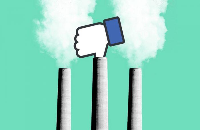 """Il social network Facebook tappa con il suo """"pollice"""" il fumo dalle ciminiere, a simboleggiare l'impegno a ridurre le sue emissioni e ad incrementare il suo utilizzo di energia verde."""