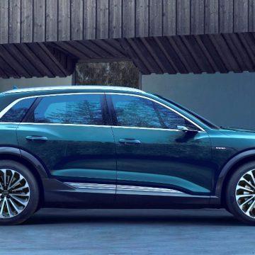 Suv compatto e agile, e-tron coniuga l'eleganza del marchio Audi con prestazioni di altissimo livello. Grazie ai due motori elettrici è in grado arrivare da 0 a 100 km/h in meno di 6 secondi. Già presente sul mercato italiano, si trova a partire da € 82.900.