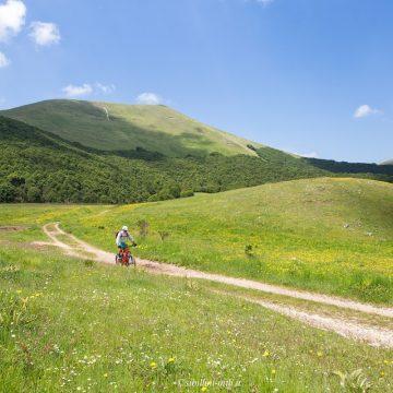 castelluccio-norcia-bicicletta